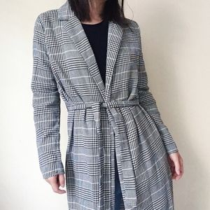NWT Black n white plaid open-front trench jacket